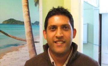 Dr Anil Ratnam
